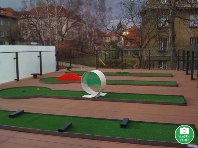 Minigolf na zahradu